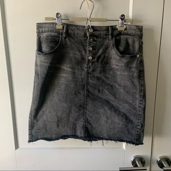 Dynamite Jean skirt